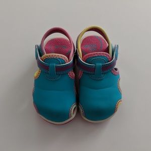 Stride Rite Sandals/Water Shoes Toddler Size 5M